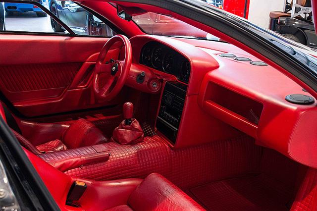 Bugatti EB110 SS - Siêu xe thập niên 90 có giá rao bán 26,5 tỷ Đồng - Ảnh 5.