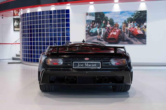 Bugatti EB110 SS - Siêu xe thập niên 90 có giá rao bán 26,5 tỷ Đồng - Ảnh 7.
