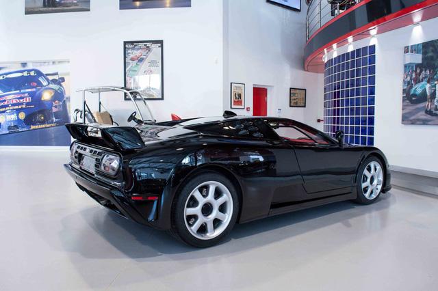 Bugatti EB110 SS - Siêu xe thập niên 90 có giá rao bán 26,5 tỷ Đồng - Ảnh 6.
