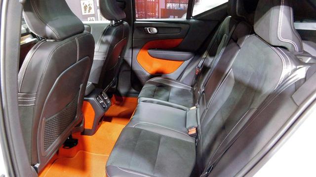 Volvo XC40 2019 có dịch vụ bán hàng trọn gói chăm sóc 24/7 - Ảnh 7.