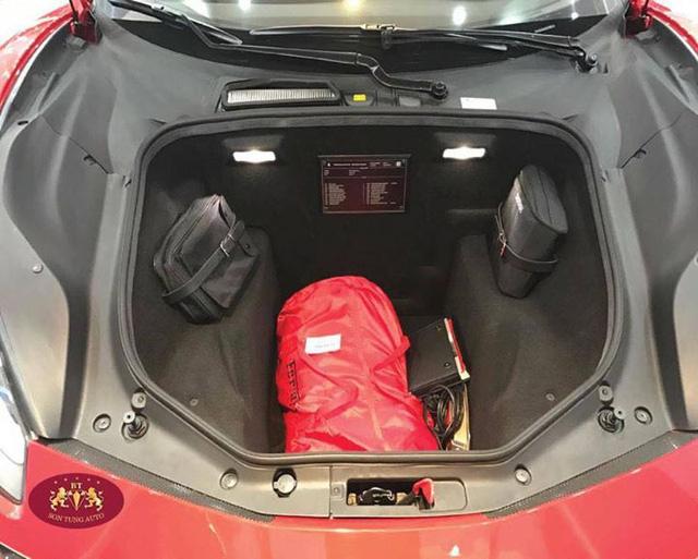 Cận cảnh Ferrari 488 Spider xông đất Việt Nam trong năm 2017 - Ảnh 10.