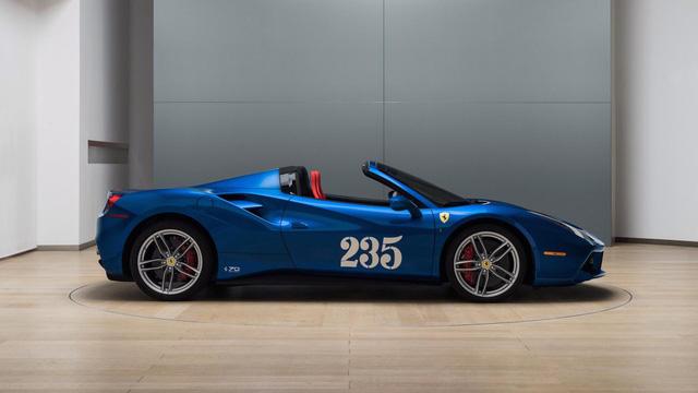 Siêu xe Ferrari 488 mui trần lại có ấn phẩm đặc biệt mới - Ảnh 4.