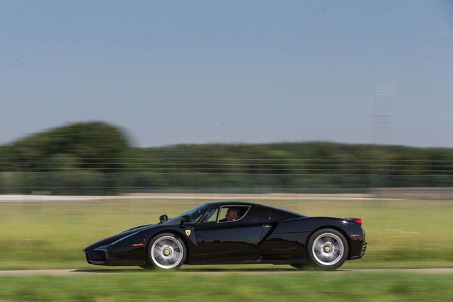 Ferrari Enzo - Ngựa càng già, giá càng chát - Ảnh 1.