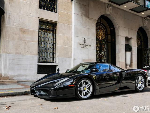 Ferrari Enzo 13 năm tuổi vẫn như xe mới - Ảnh 4.
