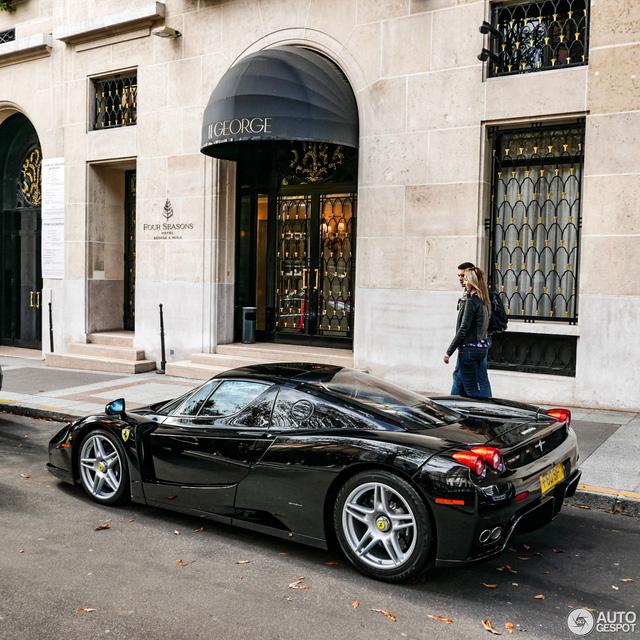 Ferrari Enzo 13 năm tuổi vẫn như xe mới - Ảnh 6.