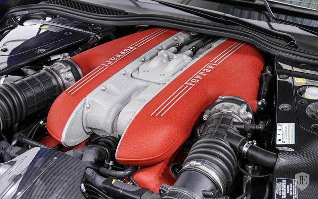 Hàng hiếm Ferrari F12tdf sở hữu ngoại thất lạ mắt được rao bán với mức giá khóc thét - Ảnh 10.