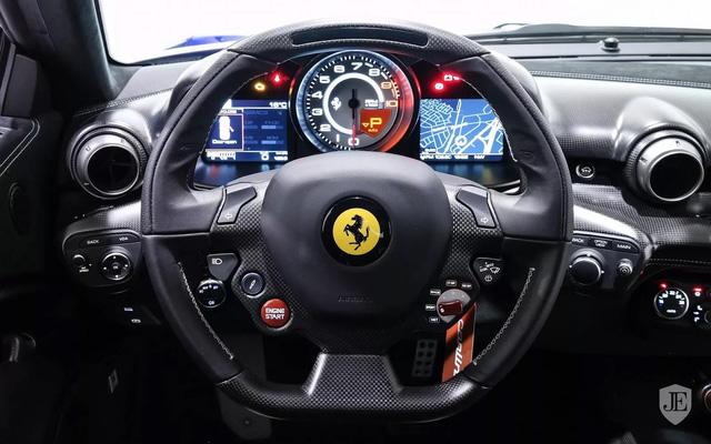 Hàng hiếm Ferrari F12tdf sở hữu ngoại thất lạ mắt được rao bán với mức giá khóc thét - Ảnh 11.