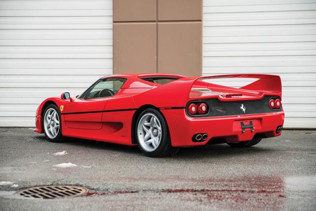 Ferrari F50 của tay đấm huyền thoại Mike Tyson chuẩn bị lên sàn đấu giá - Ảnh 3.