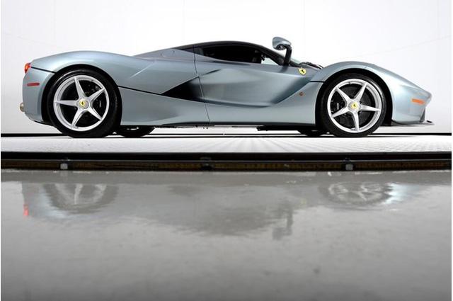 Đã qua sử dụng, Ferrari LaFerrari vẫn có giá gần 91 tỷ Đồng - Ảnh 8.
