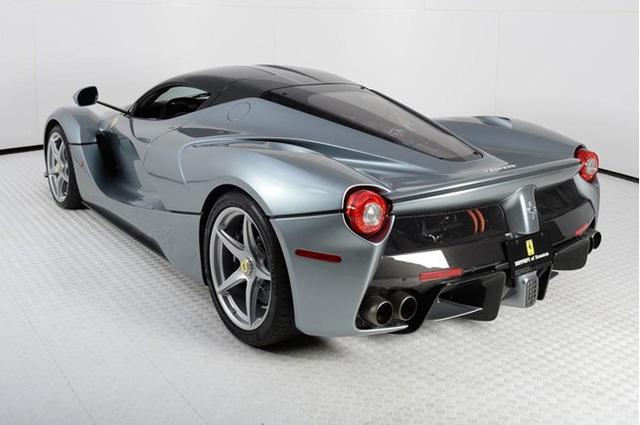 Đã qua sử dụng, Ferrari LaFerrari vẫn có giá gần 91 tỷ Đồng - Ảnh 10.