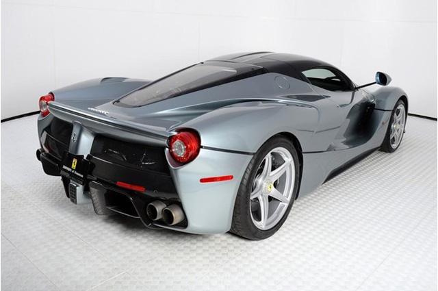 Đã qua sử dụng, Ferrari LaFerrari vẫn có giá gần 91 tỷ Đồng - Ảnh 9.