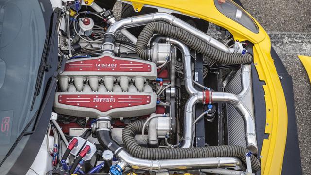 Siêu ngựa Ferrari 599 GTB Fiorano Drift đầu tiên trên thế giới - Ảnh 8.