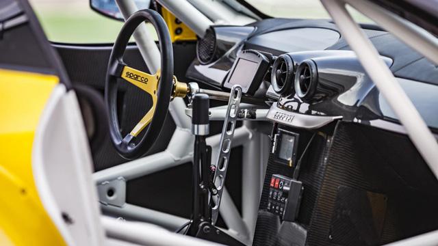 Siêu ngựa Ferrari 599 GTB Fiorano Drift đầu tiên trên thế giới - Ảnh 4.