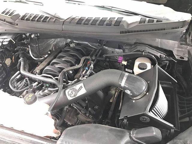 Tay chơi Kiên Giang lên đời Ford F-150 Platinum thành siêu bán tải Raptor - Ảnh 8.