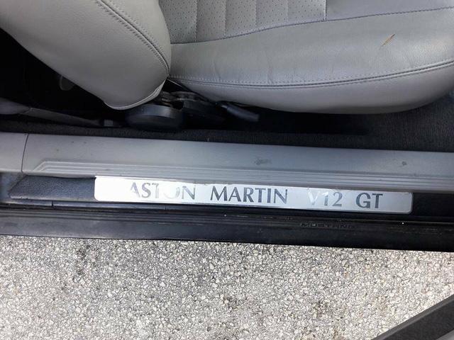 Ford Mustang GT lên đời siêu xe Aston Martin được rao bán 79 triệu Đồng - Ảnh 10.