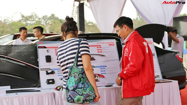 Giảm giá phản tác dụng, dịch vụ của các hãng xe tại Việt Nam tụt dốc - Ảnh 2.