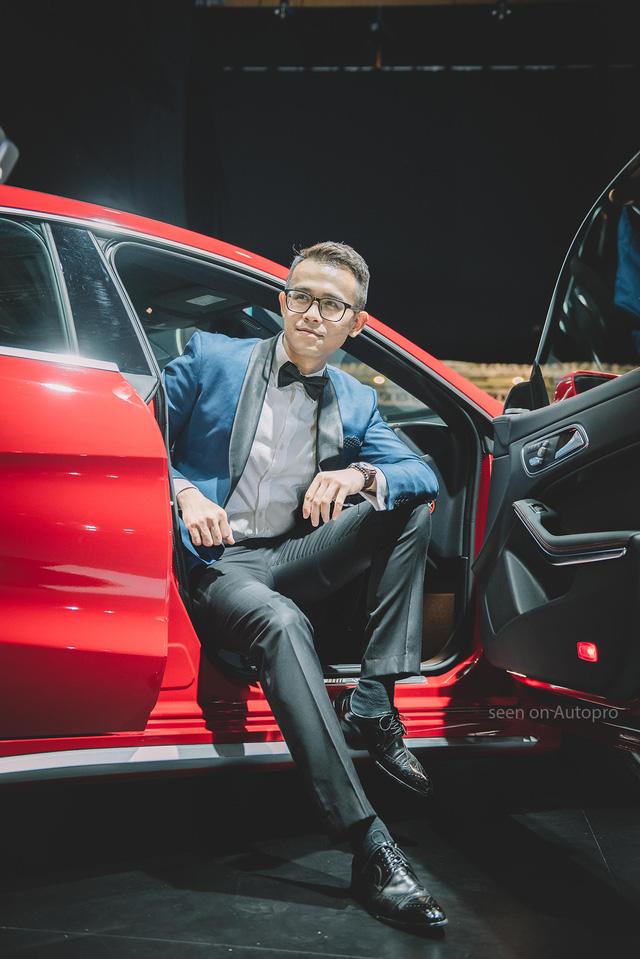 Trò chuyện cùng MC Đức Bảo về nghề dẫn chương trình tại triển lãm xe sang - Ảnh 4.