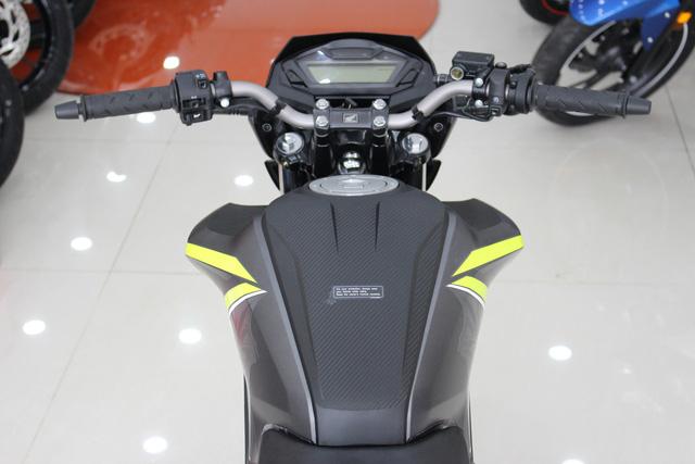 Honda CB Hornet 160R 2017 cập bến Việt Nam, giá từ 73 triệu Đồng - Ảnh 13.