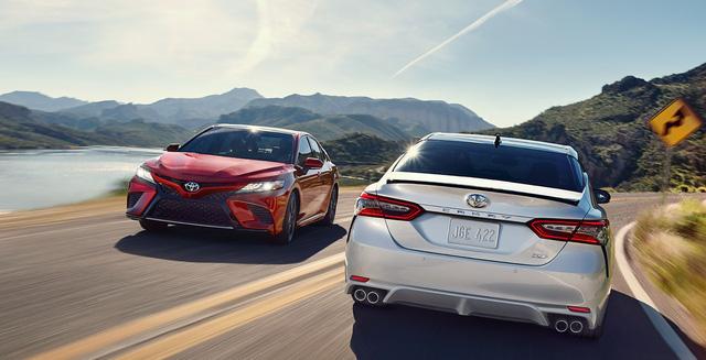 Honda Accord và cuộc đua doanh số trong mơ với Toyota Camry - Ảnh 1.