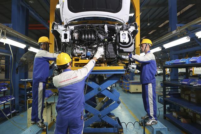 Hyundai bán được 5000 xe Elantra ở Việt Nam trong 7 tháng - Ảnh 1.