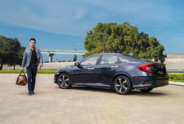 Rẻ hơn dự đoán, Honda Civic thế hệ mới chốt giá 950 triệu Đồng - Ảnh 6.