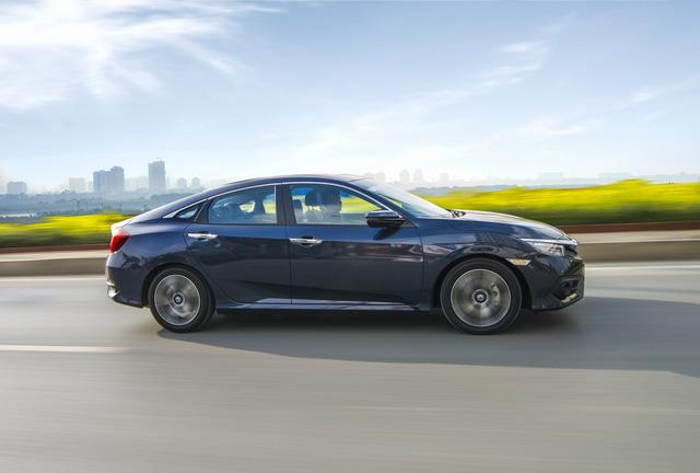 Rẻ hơn dự đoán, Honda Civic thế hệ mới chốt giá 950 triệu Đồng - Ảnh 1.