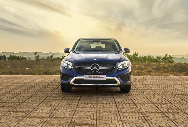 Được đà ăn khách, Mercedes-Benz tung ra phiên bản GLC 300 4MATIC Coupé - Ảnh 4.