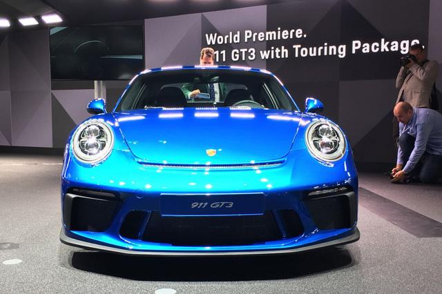 Porsche 911 GT3 2018 có thêm phiên bản Touring Package, bản sao của hàng hiếm 911 R - Ảnh 3.