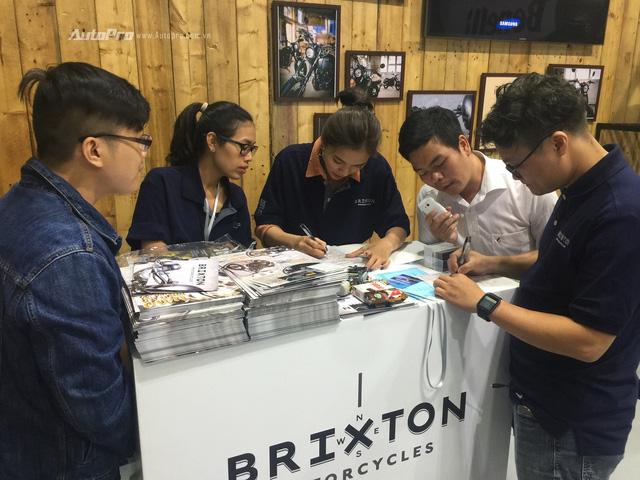 Brixton BX 125/150 hút khách trong ngày đầu ra mắt - Ảnh 2.