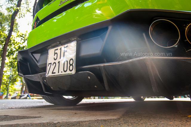 Siêu xe Lamborghini Huracan xanh cốm của đại gia kín tiếng Sài thành độ khủng - Ảnh 10.