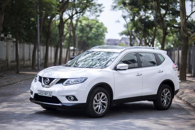Mazda giảm giá kịch sàn, Honda, Nissan không ngừng khuyến mãi - Ảnh 1.