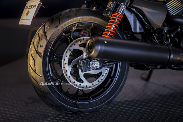 Cận cảnh Harley-Davidson Street Rod 2017 giá 415 triệu - Ảnh 11.