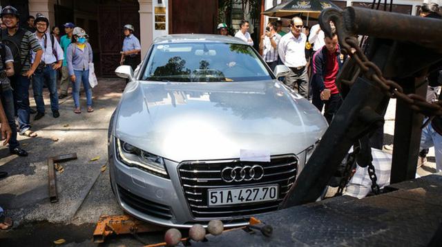 BMW i8 của tay chơi Sài thành bị ông Đoàn Ngọc Hải tuýt còi khi đỗ sai quy định - Ảnh 6.