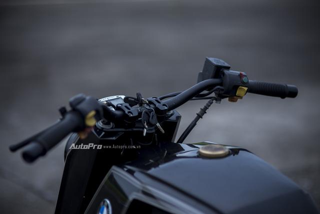 Gặp gỡ BMW R1100RS độ Streetfighter ZF Ronin của thợ Việt - Ảnh 7.