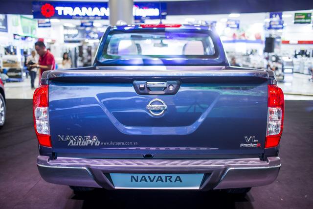 Cận cảnh Nissan Navara phiên bản đặc biệt và Nissan X-Trail phiên bản giới hạn - Ảnh 4.
