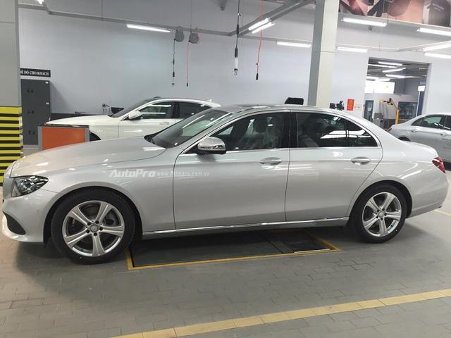 Lộ diện Mercedes-Benz E250 lắp ráp trong nước, giá chỉ 2,479 tỉ Đồng - Ảnh 1.