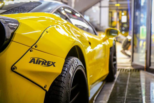 Cận cảnh siêu phẩm Ferrari 458 Italia độ Liberty Walk đầu tiên tại Việt Nam - Ảnh 9.