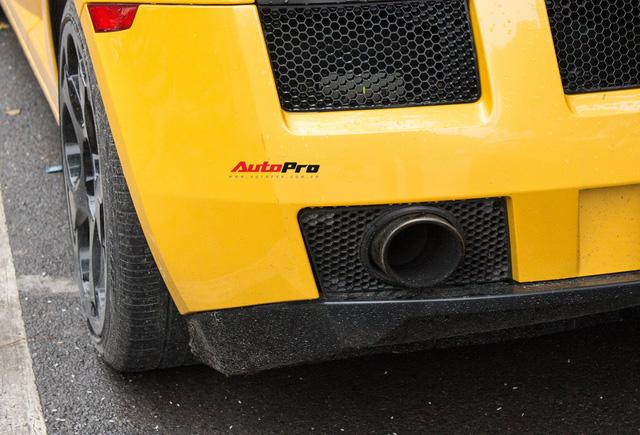"""""""Bò già"""" Lamborghini Gallardo 13 năm tuổi mất sạch logo xuất hiện tại Hà Nội - Ảnh 17."""