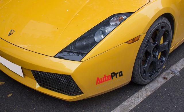 """""""Bò già"""" Lamborghini Gallardo 13 năm tuổi mất sạch logo xuất hiện tại Hà Nội - Ảnh 15."""