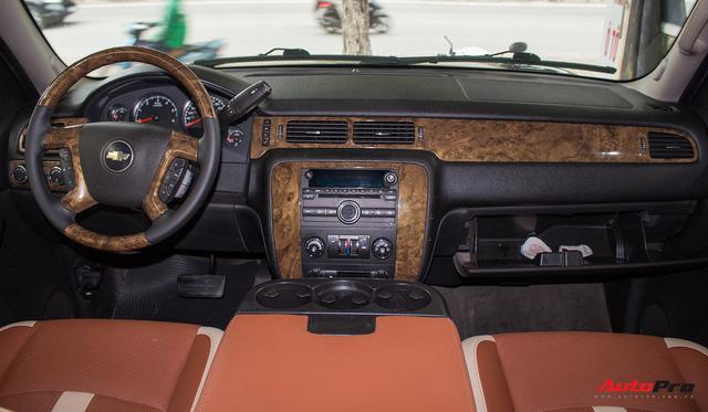 Khủng long Mỹ Chevrolet Suburban 2008 rao bán lại giá hơn 1,8 tỷ đồng - Ảnh 9.