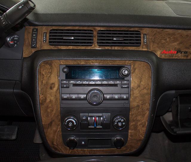 Khủng long Mỹ Chevrolet Suburban 2008 rao bán lại giá hơn 1,8 tỷ đồng - Ảnh 11.