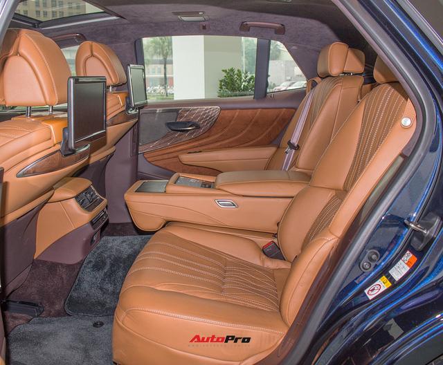 Cạnh tranh Mercedes-Maybach, Lexus LS500h 2018 chốt giá 7,6 tỷ đồng tại Việt Nam - Ảnh 7.