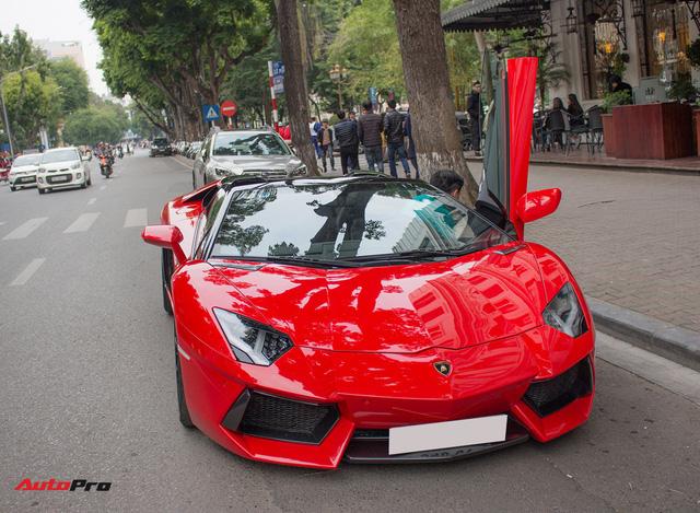Chán phong cách Dubai, Lamborghini Aventador Roadster về màu nguyên bản tại Hà Nội - Ảnh 2.