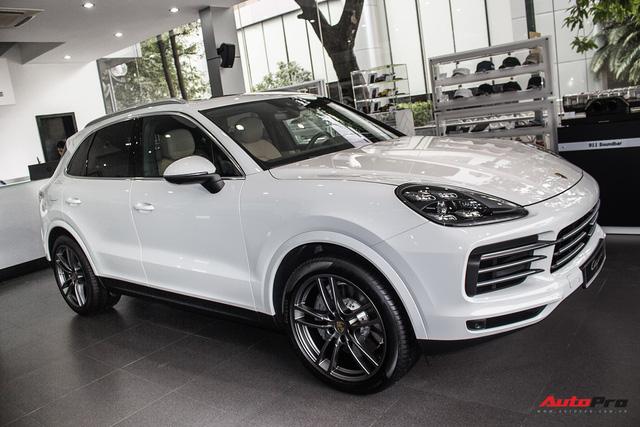 Khám phá Porsche Cayenne S 2018 thêm option, giá 7,7 tỷ đồng vừa về tới Hà Nội - Ảnh 2.