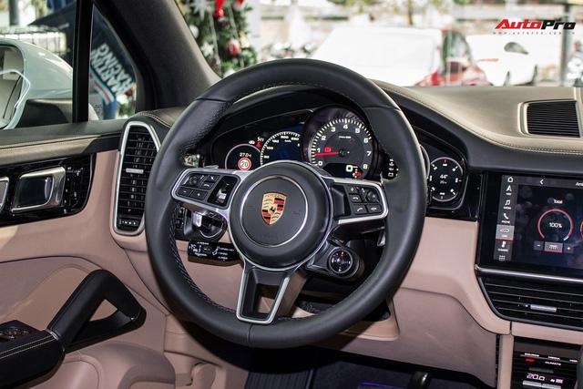 Khám phá Porsche Cayenne S 2018 thêm option, giá 7,7 tỷ đồng vừa về tới Hà Nội - Ảnh 14.
