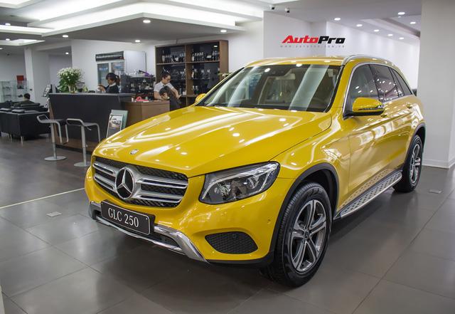 Diện kiến Mercedes GLC250 4MATIC màu độc nhất Việt Nam - Ảnh 1.