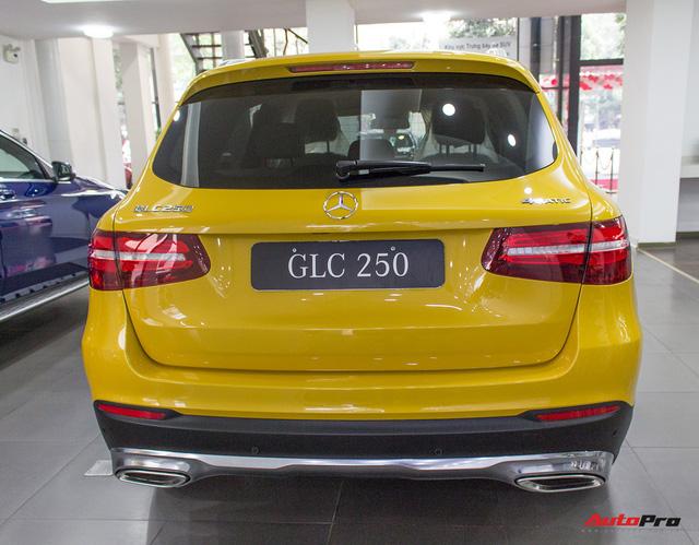 Diện kiến Mercedes GLC250 4MATIC màu độc nhất Việt Nam - Ảnh 5.