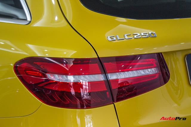 Diện kiến Mercedes GLC250 4MATIC màu độc nhất Việt Nam - Ảnh 6.