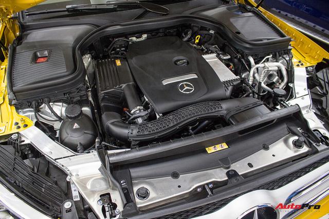 Diện kiến Mercedes GLC250 4MATIC màu độc nhất Việt Nam - Ảnh 19.