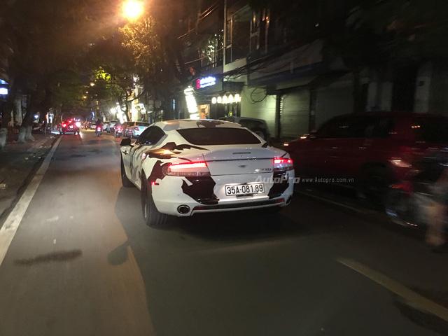 Aston Martin Rapide S tái xuất trên phố Hà Thành - Ảnh 1.